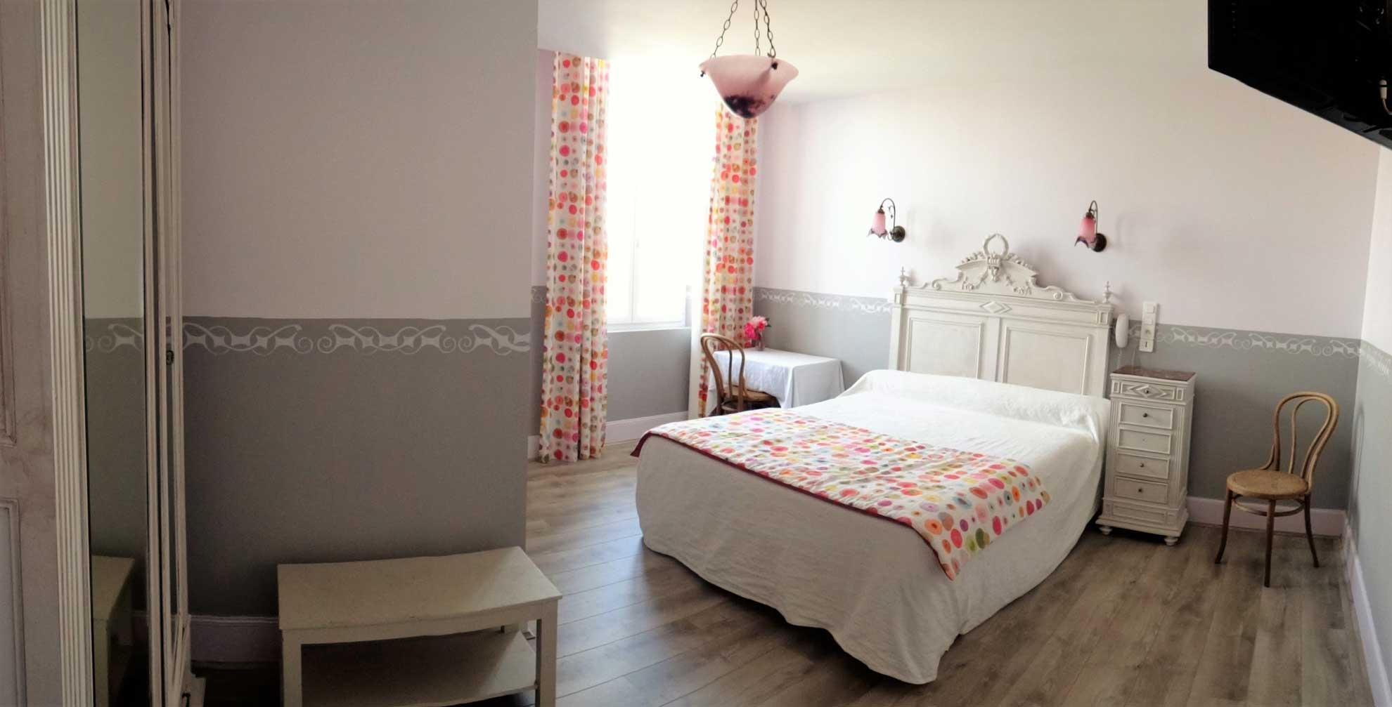 chambre-hotel-marceillac